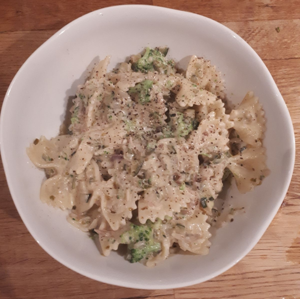 Creamy Courgette Pasta and Sauce