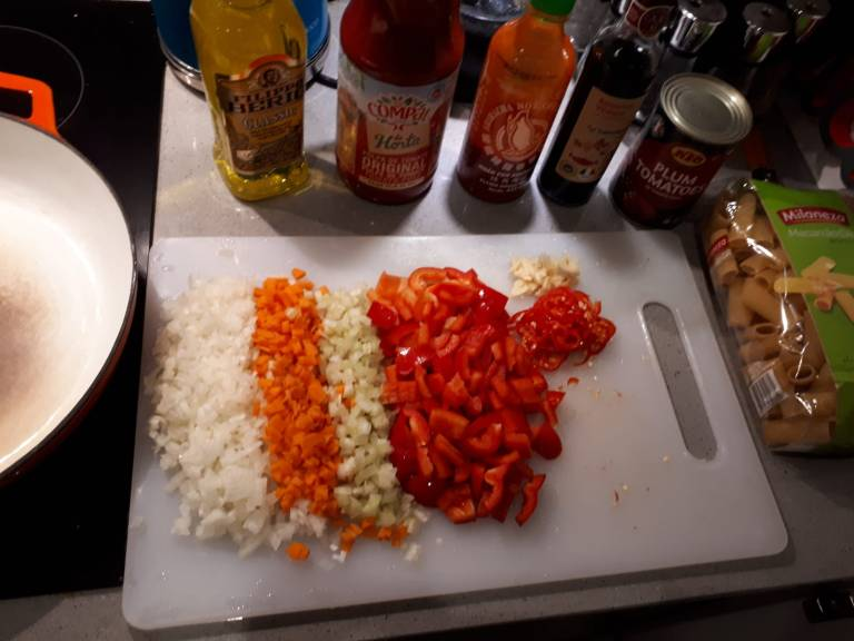 portuguese-sausage-sauce-ingredients